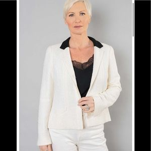 Authentic Chanel white sequin blazer-size 38 (med)